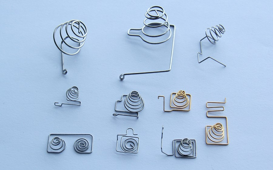 Battery spring - wire form spring - AFR PRECISION TECHNOLOGY CO.,LTD